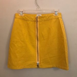 UO BGD Adonita Skirt, yellow zip front